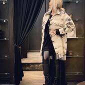 Avorio e nero per questo cappotto di @front_street8 .  Super chic !!🤍🖤   🔥-40%🔥  Stivali @cinziaaraia   #joannaboutique #bedifferent #fashion #fashionstyle #fashionista #instalife #fashiongram #lifestyle #moodoftheday #madeinitaly #ootdfashion #ootd #comfy #etnic #blackandwhite #rock #boots #winter #sale #shoppingonline #buynow #myinstagram #lookoftheday #urban #streetstyle #
