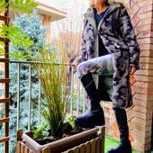 Eco pelliccia camouflage.. Una..💣💚SUPER 🔝da @joanna_boutique e on line  www.joannaboutique.com Fai tap sulla foto per visualizzare i prodotti   Eco pelliccia @brandunique  Stivali Cinzia Araia  . .  #joannaboutique #bedifferent #ecofur #camouflage #green #fashion #fashionstyle #fashionista #fashionaddict #glamour #glamourstyle #comfy #comfyoutfit #outfitinspiration #outfitoftheday #newcollection #newcollection2020 #fashionista #mylook #winter #instastyle #cool #ootd #fashionable