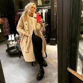 Per il freddo che sta arrivando questo teddy di @isabelleblancheparis doppiopetto è perfetto! 🤍🔝🔥 ULTIMO RIMASTO!  Cappotto @isabelleblancheparis  Stivaletti Cinzia Araia  🔥💣 -15% 💣🔥  #joannaboutique #bedifferent #fashion #fashionaddict #instafashion #fashionstyle #fashiongram #outfitoftheday #myoutfit #ootd #ootdfashion #comfyoutfit #comfy #styleinspiration #style #urbanstyle #streetstyle #teddycoat #warm #winter #winteroutfit #glamour #glam #glamourstyle #instafashionista #newpost #newarrivals #shoponline #shop