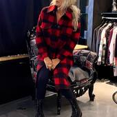 Outfit molto #rock oggi..💣❤️🖤rosso e nero🔝da @joanna_boutique  Anche on line www.joannaboutique.com   Cappotto @front_street8  Anfibi @newrock   . . . . #joannaboutique #befifferent #fashion #fashionista #fashionstyle #style #styleinspiration #rockstyle #rock #black #moodoftheday #mood #newarrivals #newpost #newcollection #outfitoftheday #outfitinspiration #fall2020 #streetstyle #urban